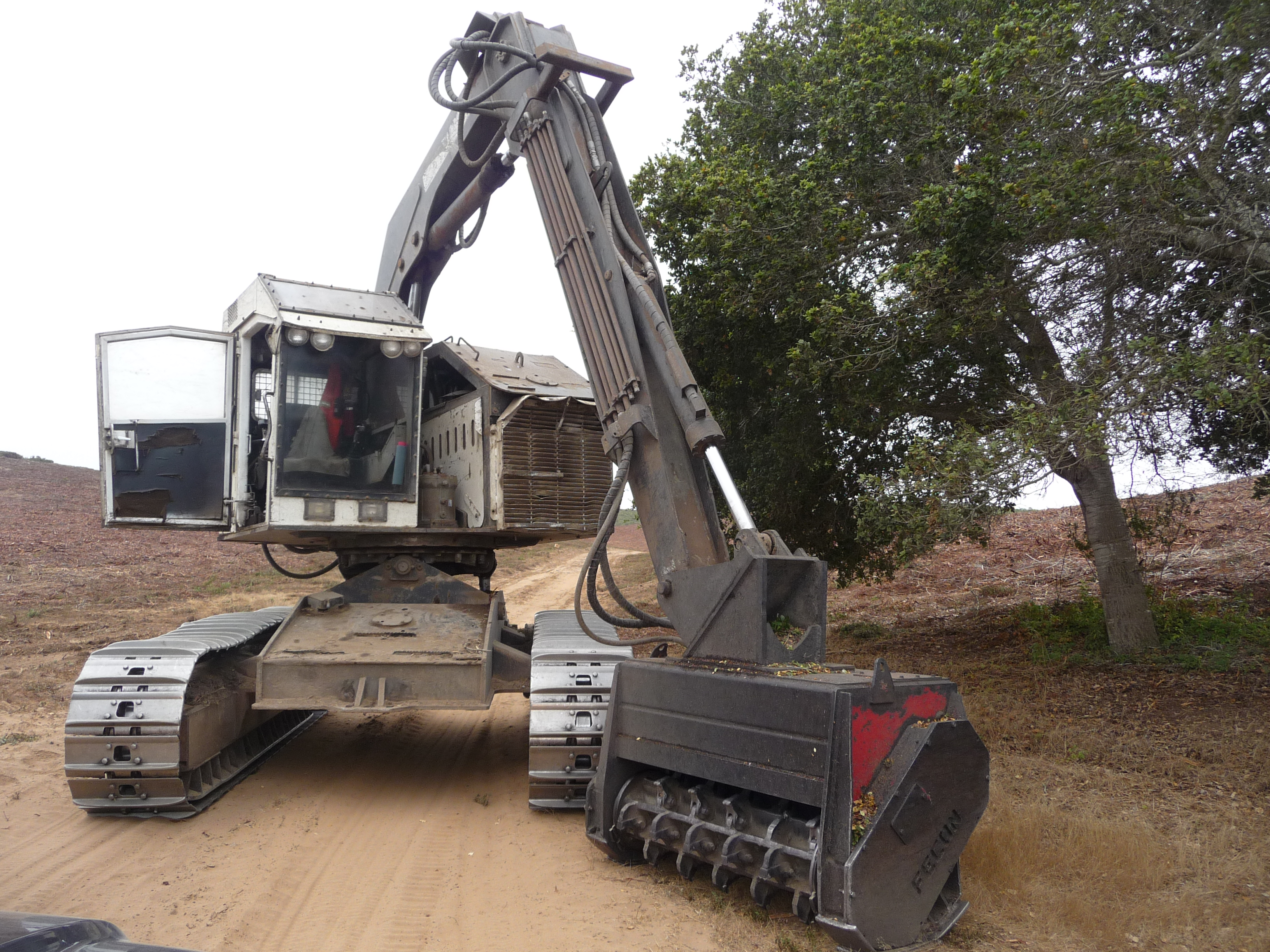 Vegetation removal equipment